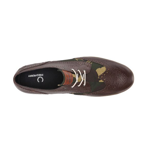 Fred-Perry-Ealing-Dark-Chocolate-4