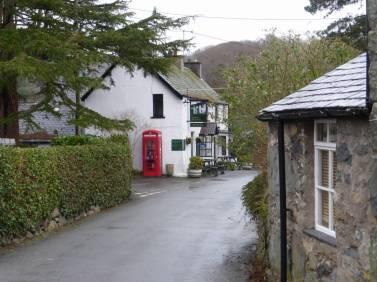 Ty Gwyn and main street
