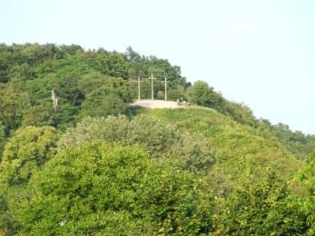 Widoczna Góra Trzech Krzyży