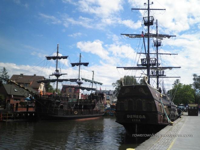 Nabrzeże portowe w Łebie