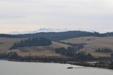 Jezioro Czorsztyńskie z Tatrami w tle