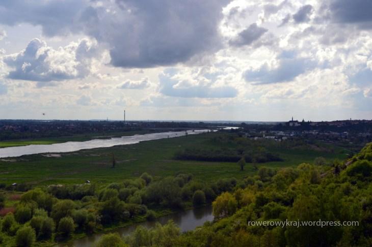 Widok na Wisłę i Sandomierz z Rezrwatu Góry Pieprzowe
