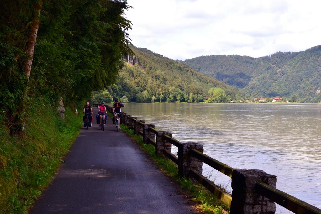 Pasawa-Bratysława. 6 dni wzdłuż Dunaju (Donauradweg)