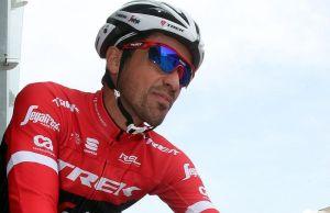 Alberto Contador na starcie odcinka Abu Dhabi Tour