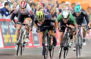 Caleb Ewan wygrywa etap Abu Dhabi Tour