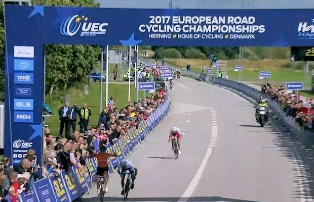 Marianne Vos finiszuje po zwycięstwo