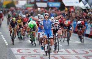 Matteo Trentin wygrywa swój czwarty etap