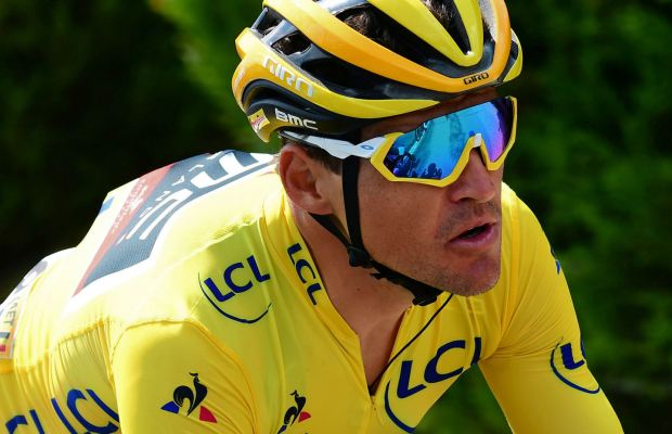 Greg van Avermaet w koszulce lider Tour de France