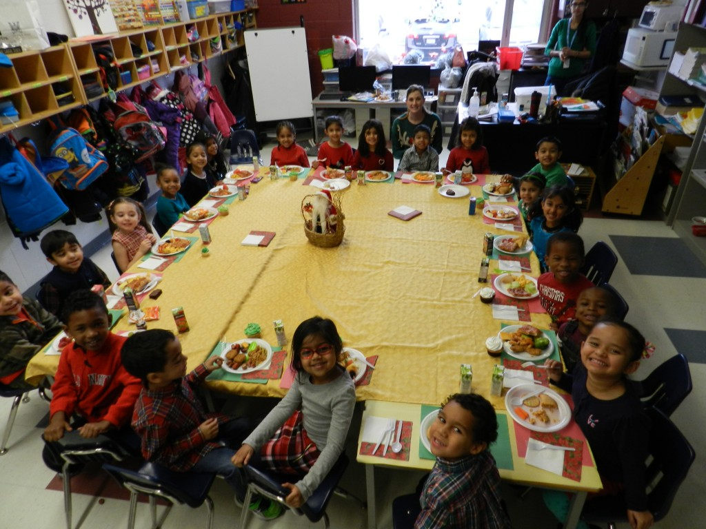 Pre Kindergarten Montessori Christmas Dinner
