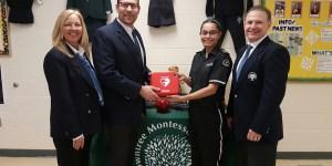 Alumnus graciously donates AED