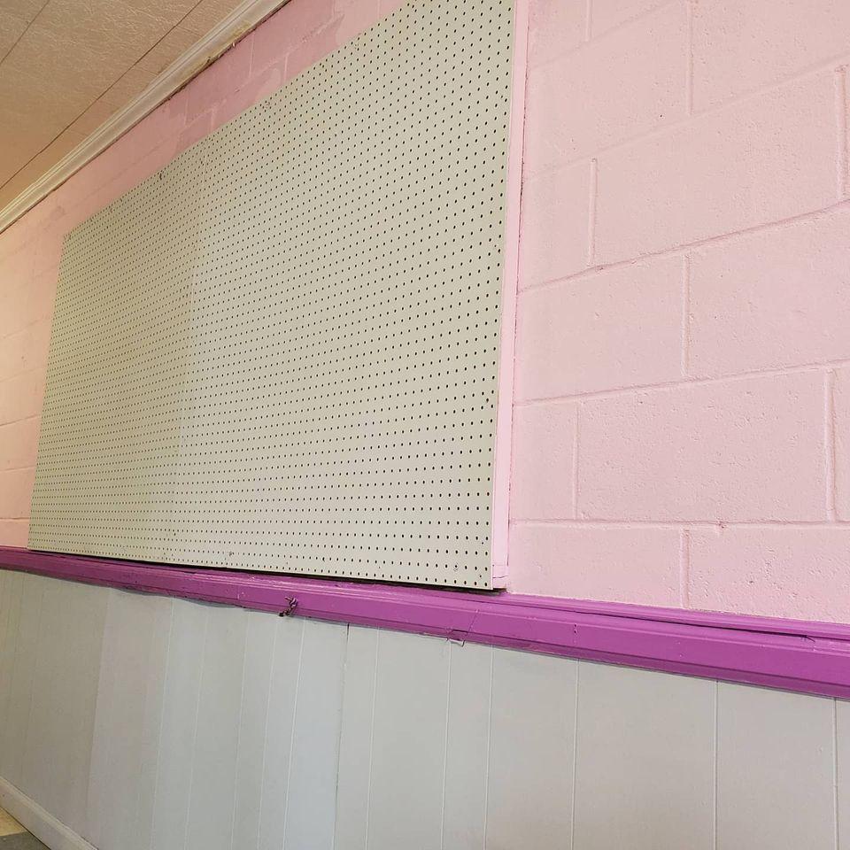 Painted shop