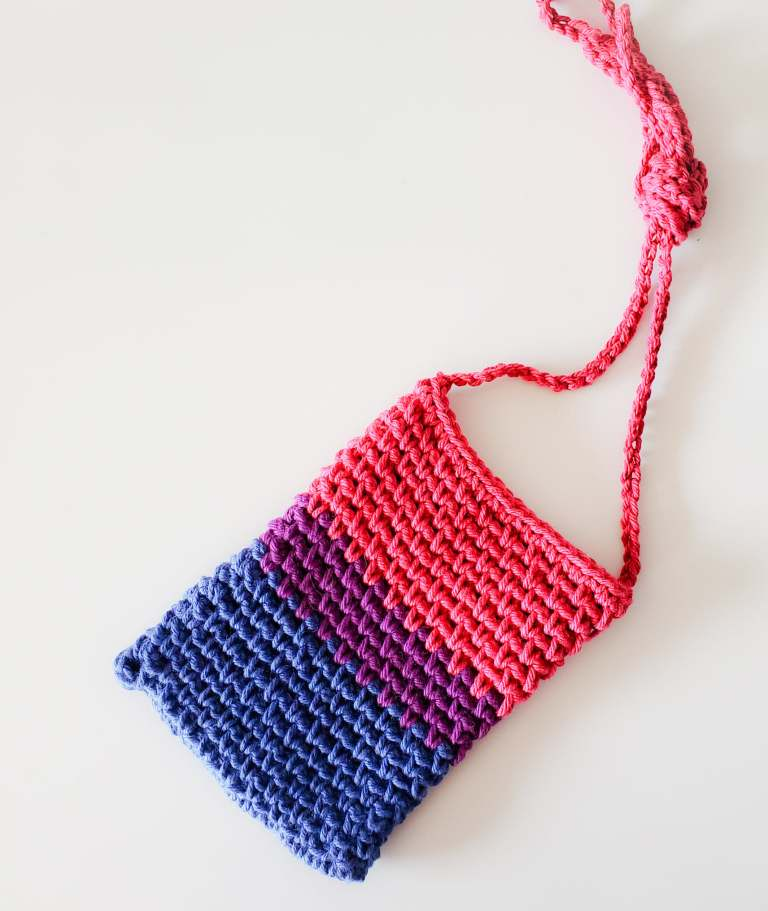 Pride bag show in Bisexual flag colors