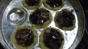 pork figs in dough cups
