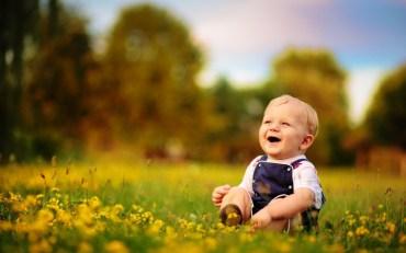 Să ne bucurăm de viaţă precum copiii! - Roxana B