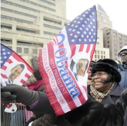 obama-suporteri-batjocura-steag