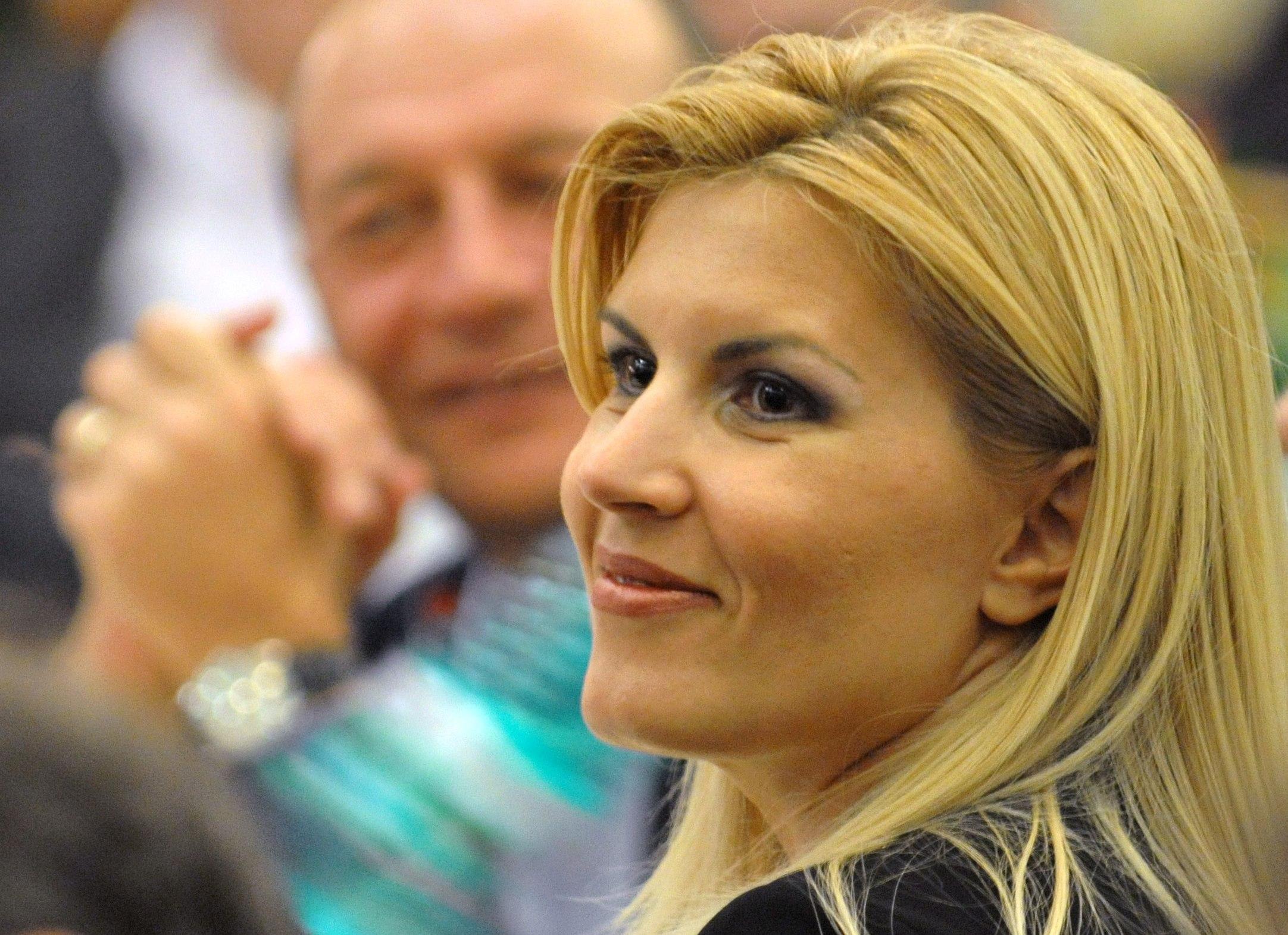 udrea basea www.newschannel.ro