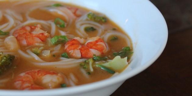Recette soupe tha aux crevettes glouton - Cuisine thailandaise recette ...