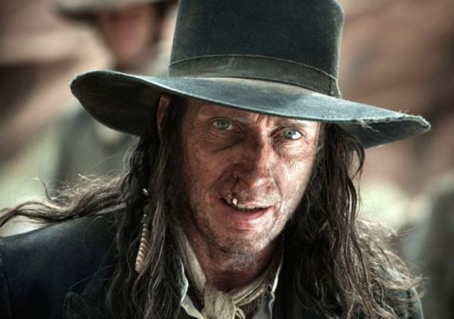 the-lone-ranger-william-fichtner-600x421