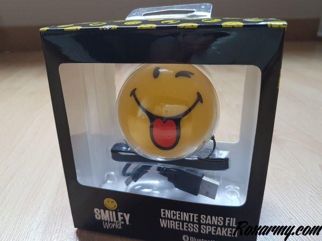 Smiley bluetooth speaker