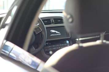 blog masini romania blog masini timisoara roxi rose jaguar romania cars blog romania timisoara jaguar f-pace review