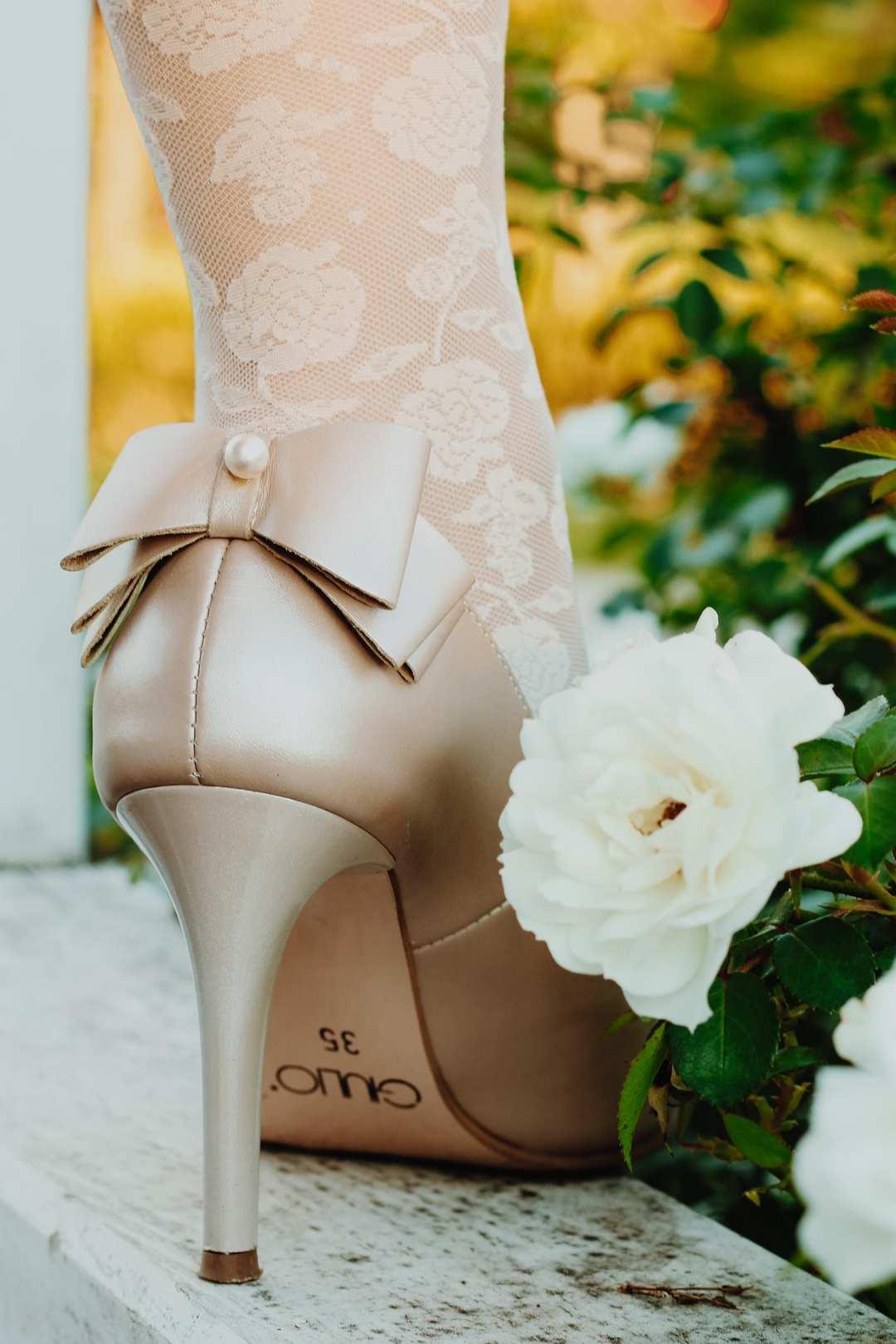 pantofi piele naturala online