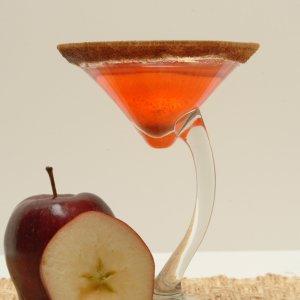 CH CI side martini red bev apple 1a crop