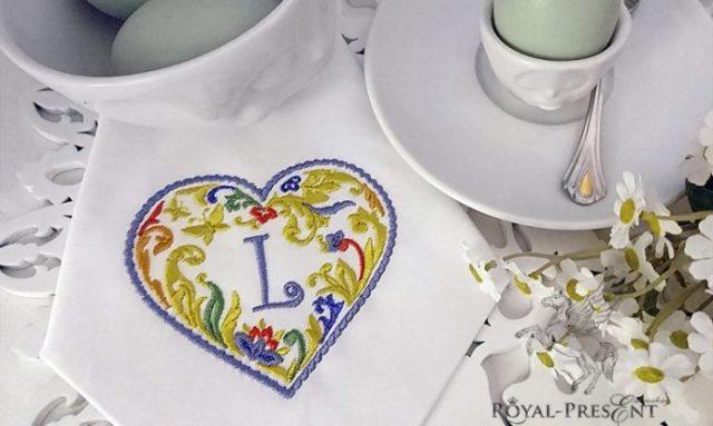 Дизайн машинной вышивки Сердечко для монограммы