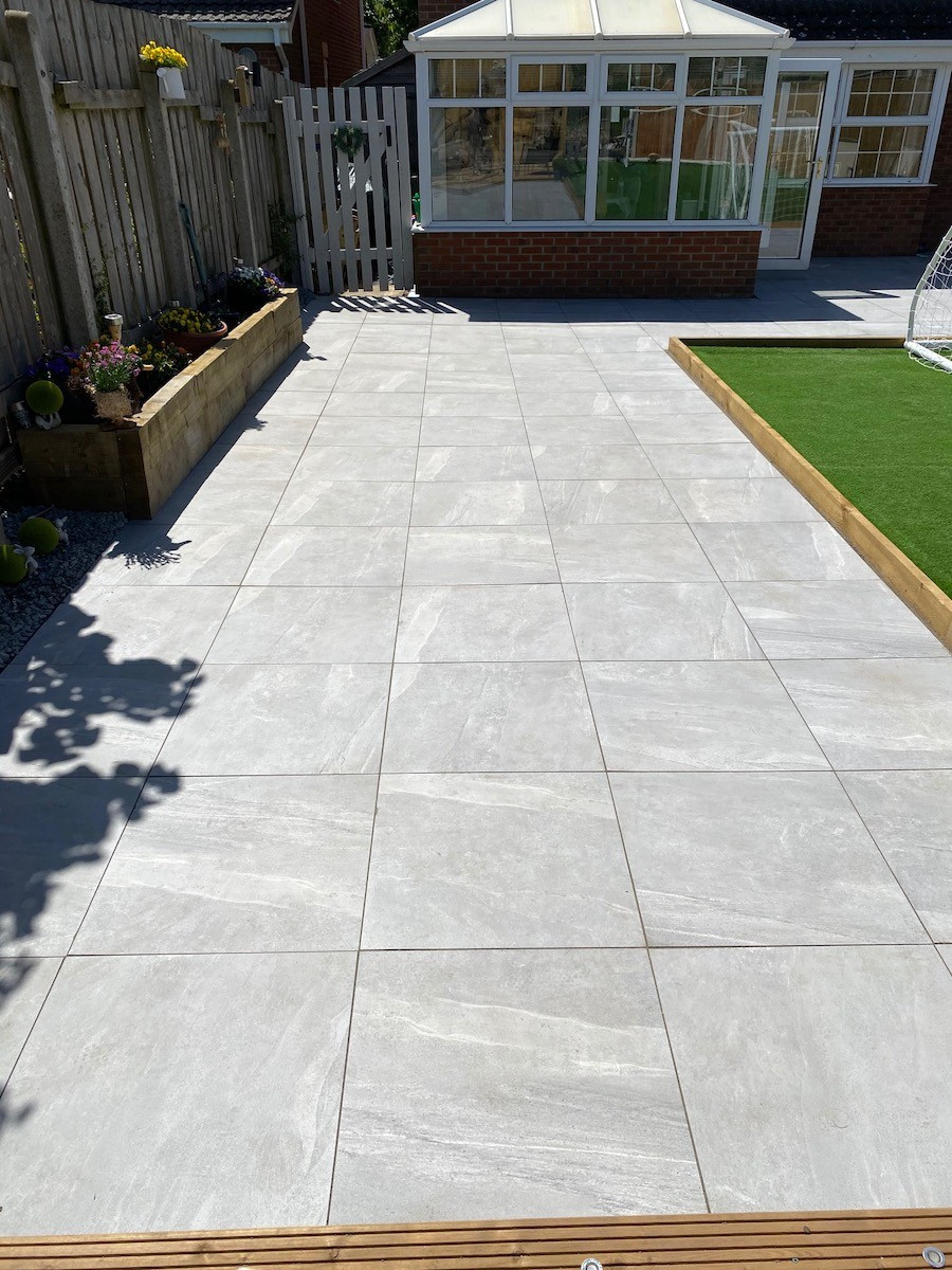 warm grey king size outdoor porcelain paving slabs 800x800 pack