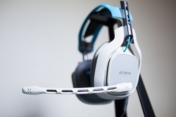 RFMag Holiday Gift Guide 2015: ASTRO Gaming A40 Headset & MixAmp M80 (Xbox One)