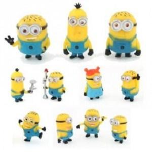 11 figurines Les Minions.