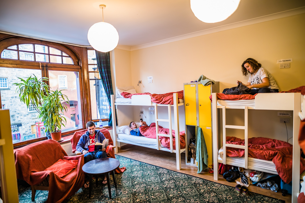 Royal Mile Backpackers Dorm Room