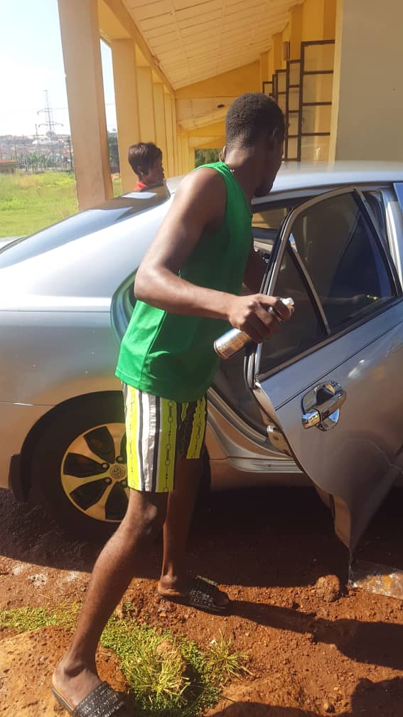 BIZZARE! 24yr-old UNILORIN female graduate joins car wash business