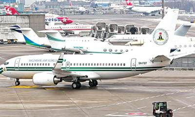 Airplanes airport airline