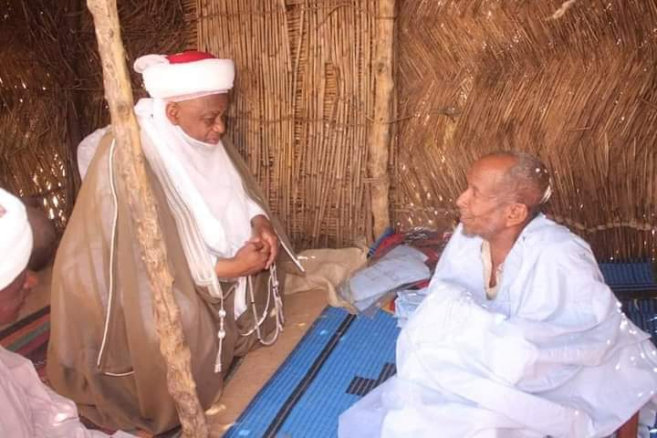 Sick village head lifted by Sultan of Sokoto's surprise visit