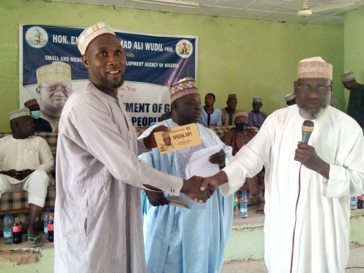 Kano: 258 beneficiaries receive FG's grant of N10,000 each