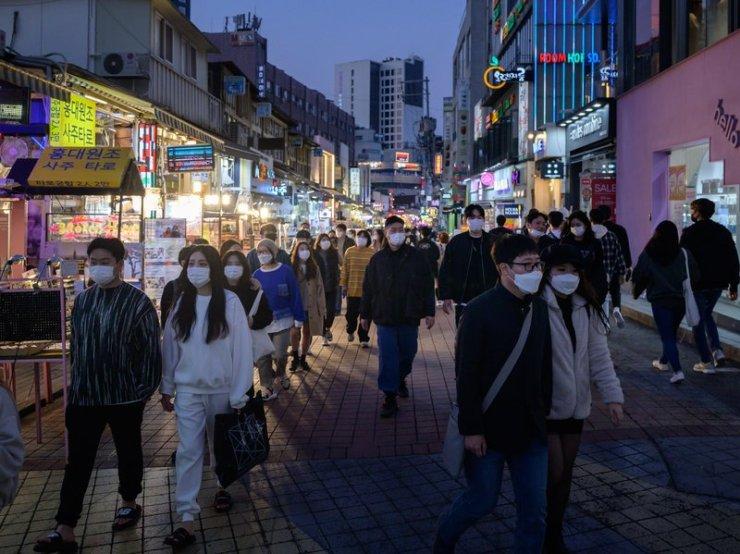 South Korea extends coronavirus restrictions around Seoul
