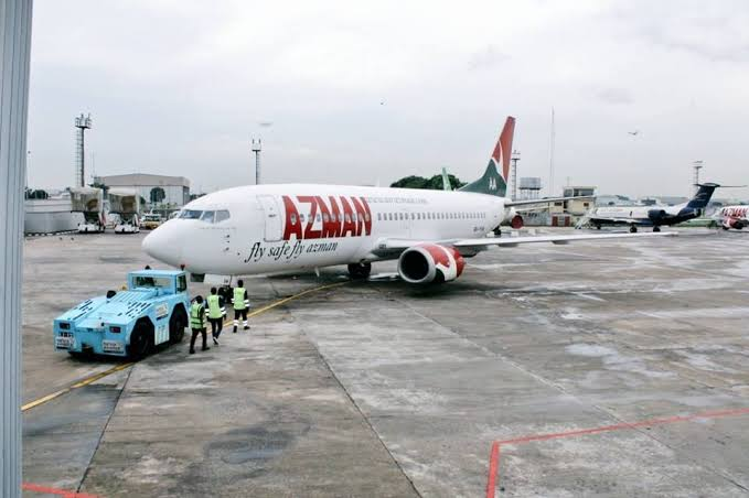 BREAKING..... Passengers stranded nationwide as AZMAN Airplane gets bursted tyre at Lagos Airport