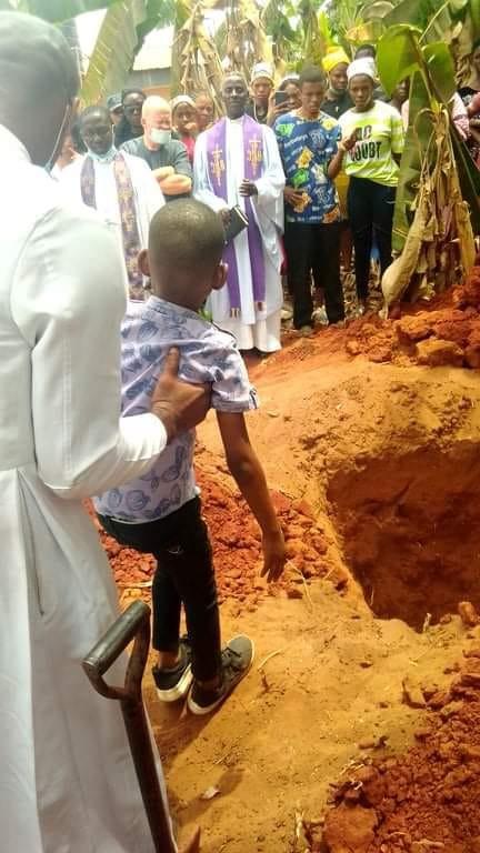 Blogger, Kamuche Doris laid to rest (photos)