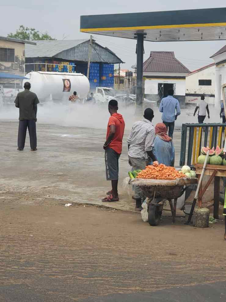 BREAKING..... Gas explosion rocks BOVAS filling in Kwara  (PHOTOS)