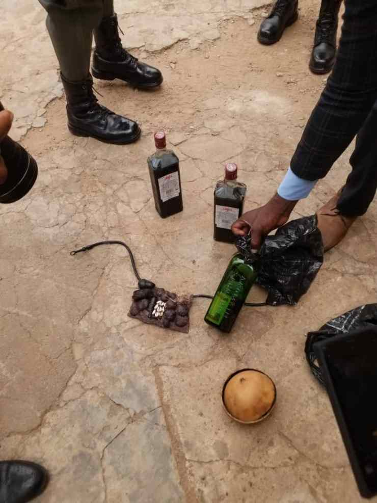 (PHOTOS) 30 Suspected Yahoo-Yahoo Boys Arrested in Ilorin, see what was found with them