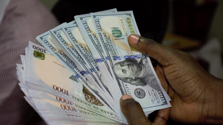 Naira is now exchanging at N550 to $1