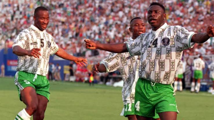 Why Buhari fulfilled house gift to 1994 Super Eagles squad--- Minister