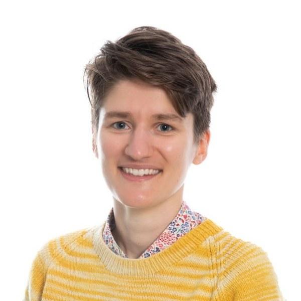 Dr Claire Barnes