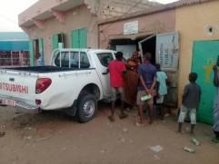 صورة سيارة ترافق وزير المياه تقتل سيدة بعد اقتحامها لمتجر بألاگ