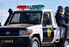 صورة الشرطة تلقي القبض على المشتبه بهم في جريمة قتل بتيارت