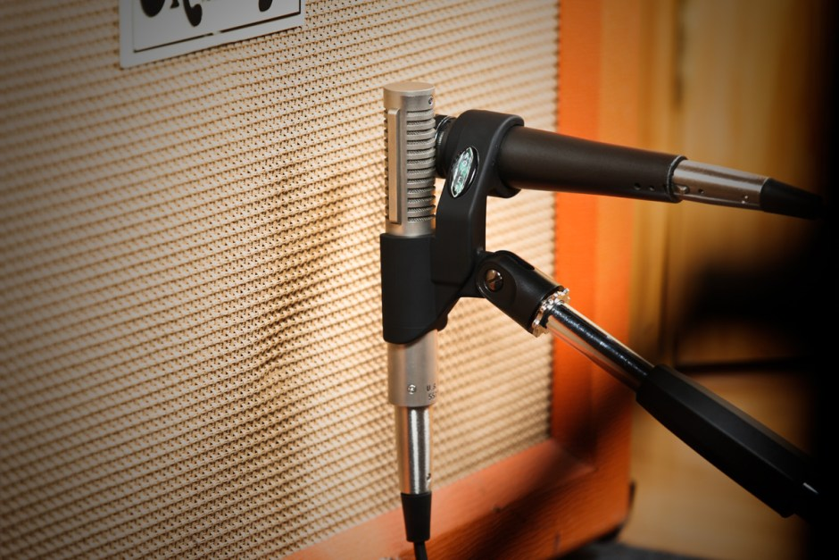 R-121/SM57 in Royer AxeMount dual mic clip
