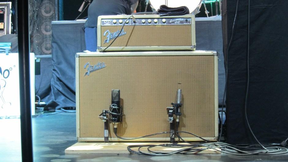 R-121/Mojave 201 blended on Brian Setzer's live guitar cabinet