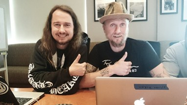Roy Orbison Jr and Alex doing an online chat web interview