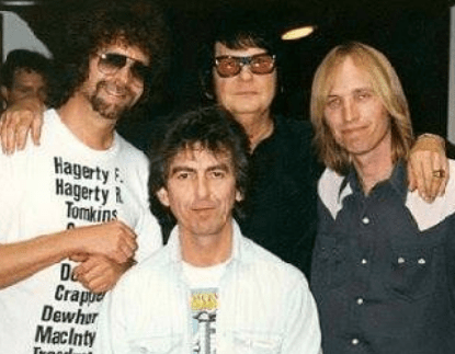 Picture: Jeff Lynne Roy Orbison Tom Petty and the Heartbreakers George Harrison We Love The Traveling Wilburys ! & We love The Beatles !