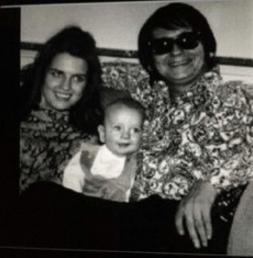 A great pic of Mom & Dad & me! (Barbara Orbison, Roy Orbison Jr, Roy Orbison)
